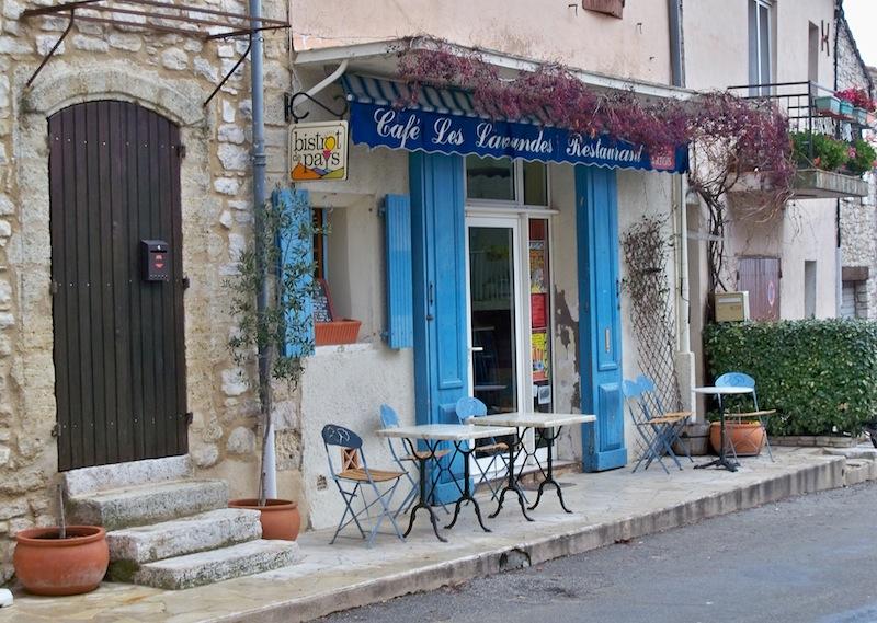 Café Les Lavandes à Vachères ©Véronique PAGNIER